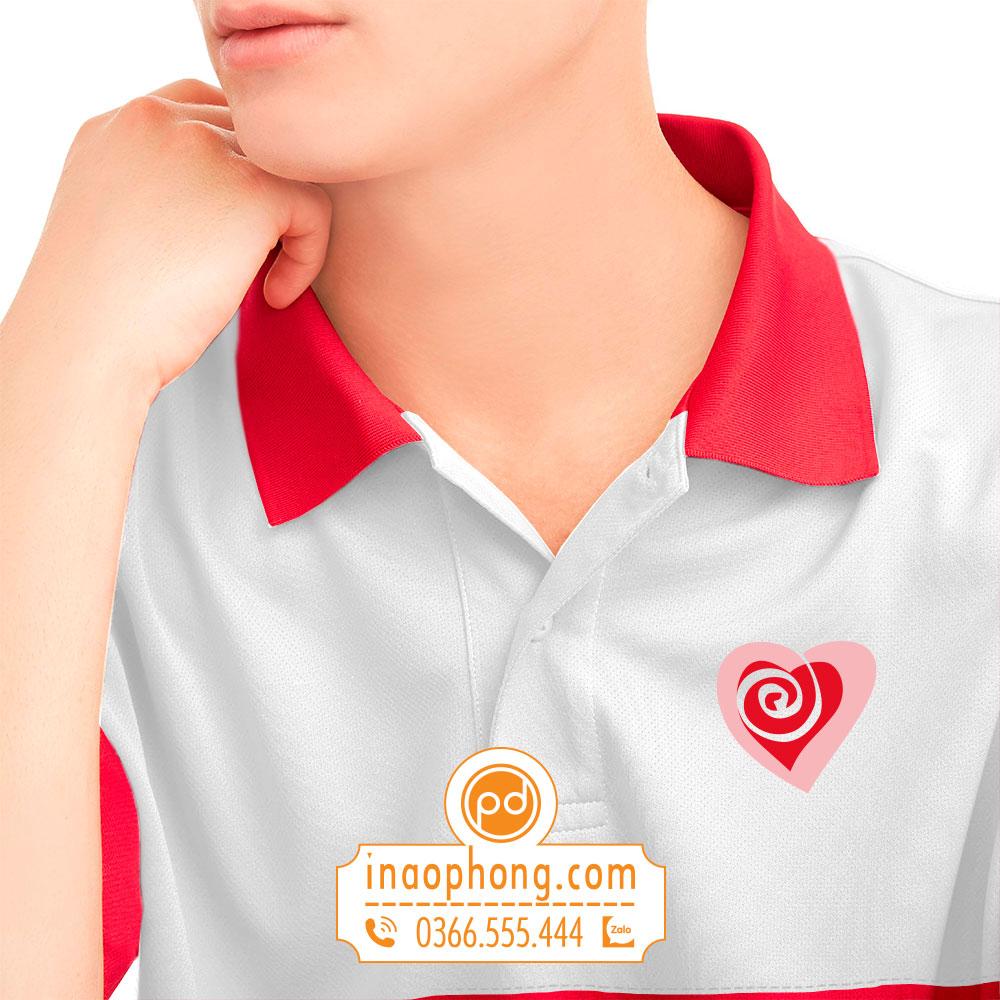 Logo in hình lên áo phông đồng phục